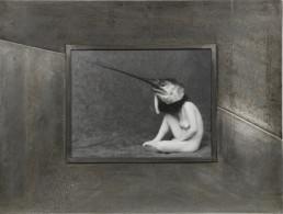 Photo de Flore Garduno, cadre en bois habillé d'étain gravé
