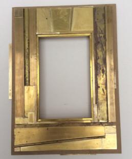 Ebauche d'un cadre, marqueterie de métal sur bois